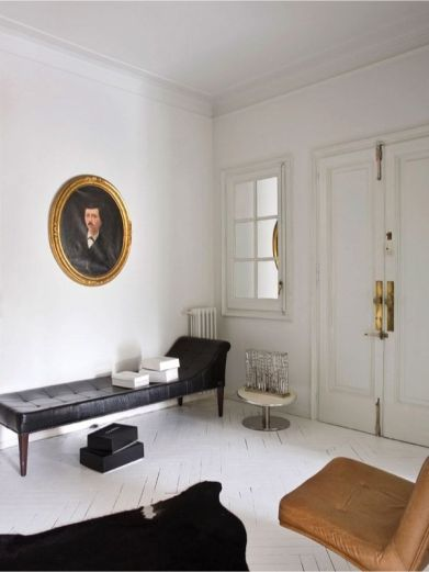 Casa ecléctica y vintage - entrada con daybed