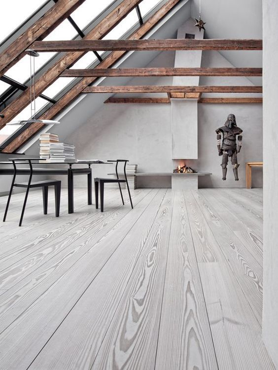 Chimenea abierta en un ambiente minimalista