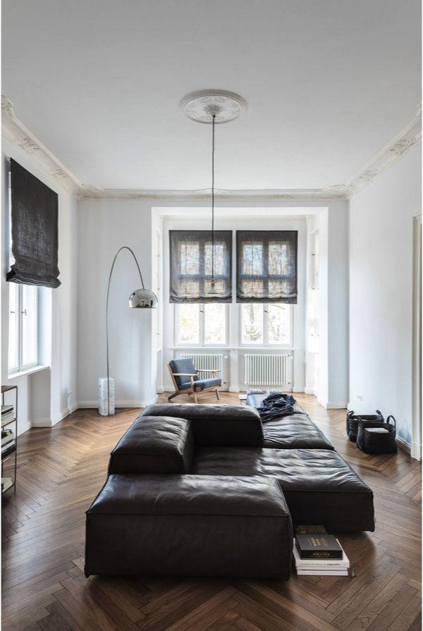 Salón apartamento de soltero en Berlín con sofa de Lissoni para Living Divani