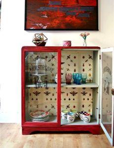 vitrina con pintura a la tiza