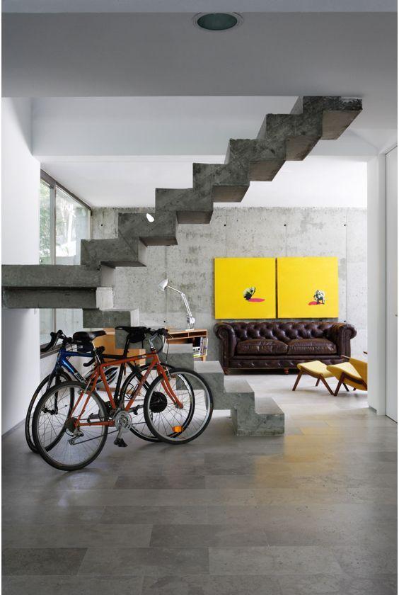 escaleras Abaton voladas