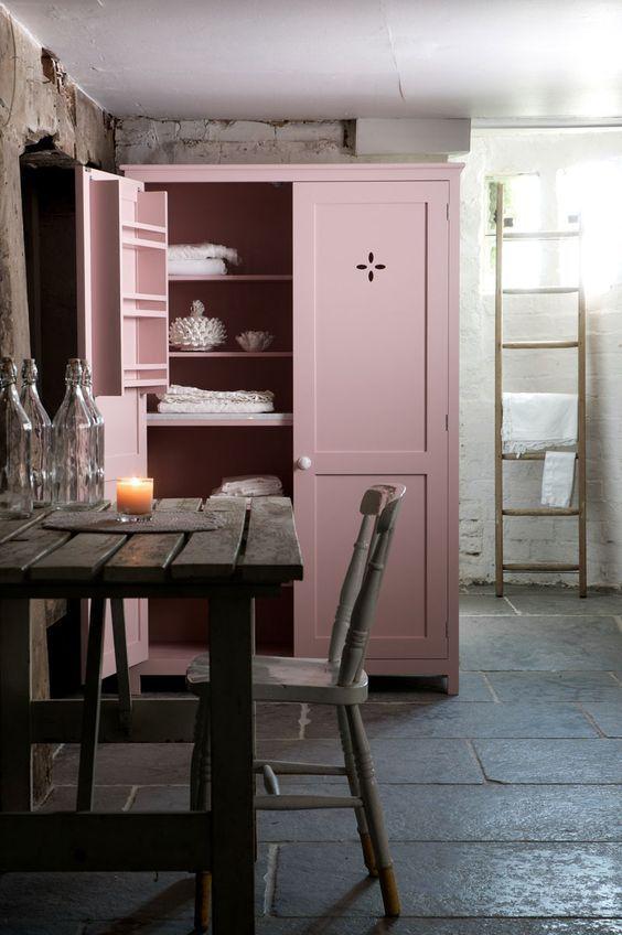 decoralinks   pink kitchen pantry
