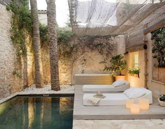 decoralinks | piscina pequeña en patio hotel mallorca
