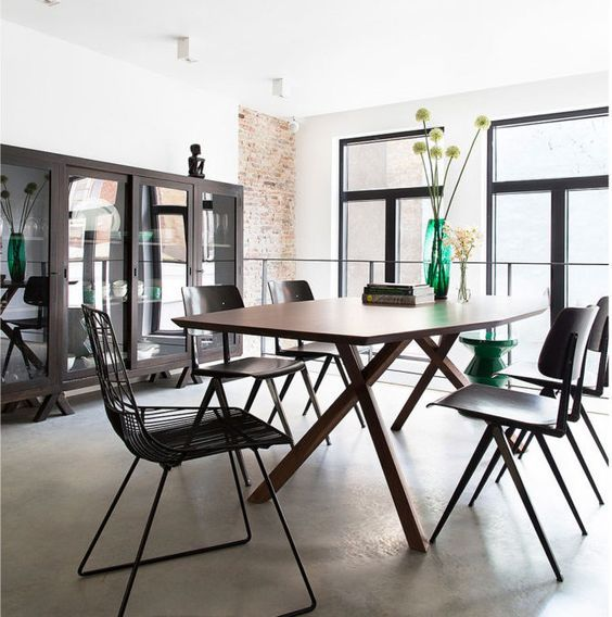 decoralinks | house in Amsterdam. Detail of the dining room with Galvanitas chairs