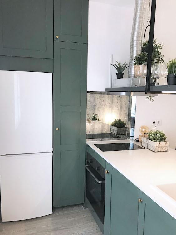 decoralinks | reforma piso alquiler . cocina low cost pintada de verde