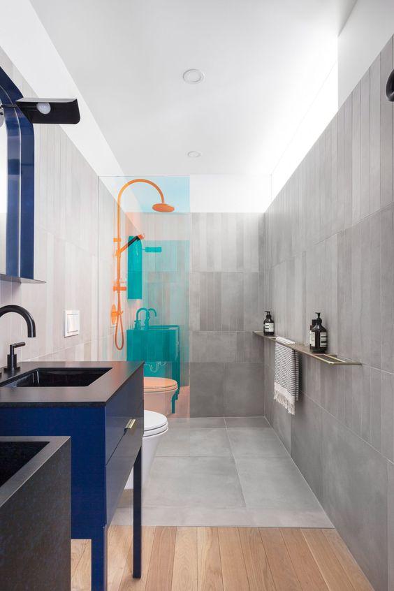 decoralinks   mamparas de ducha con paneles de vidrio con lamina dicroica translucida