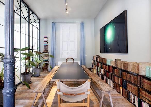 decoralinks | casa con mas cristal que paredes en la biblioteca
