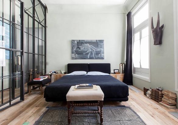 decoralinks | casa con mas cristal que paredes en el dormitorio