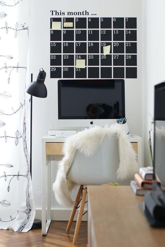 decoralinks   vinilo calendario y mesa #Micke de #Ikea - #vinilos #ikeadesk