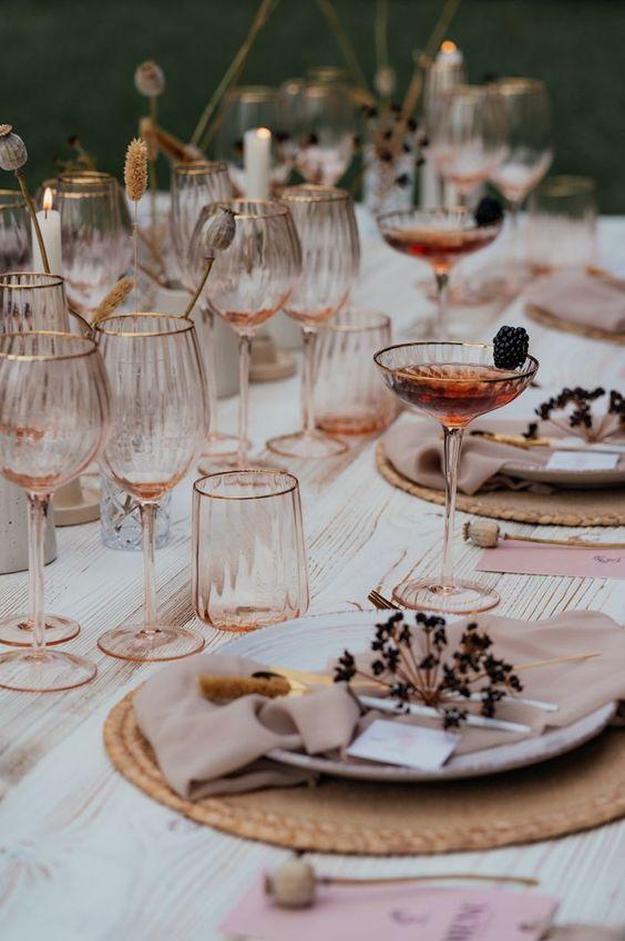 decoralinks | bodas - vajillas en rosa, beige y tostados