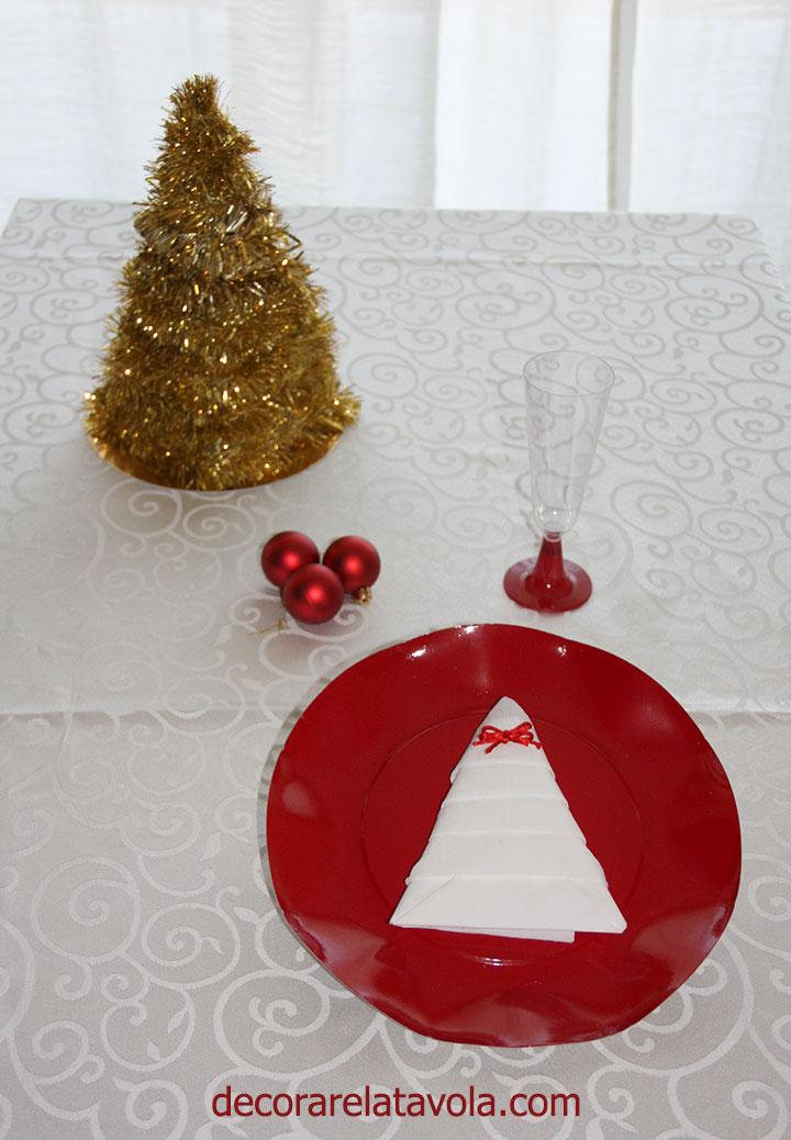 Come Piegare Tovaglioli A Natale 02 Decorare La Tavola