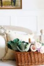 Spring-Home-Tour-Entry-The-Crowned-Goat-150x150 Spring Flowers Home Tour Decorating Holidays Spring