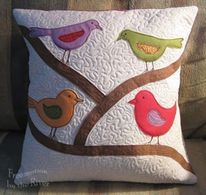 quilted cushion using accuquilt