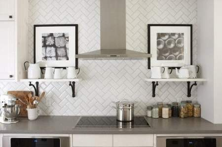 herringbone-backsplash