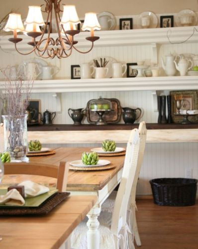 Traditional Dining Room With Open Shelves