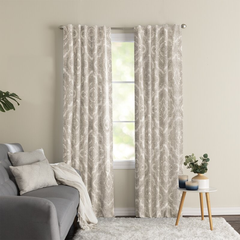 what color curtains go with beige walls