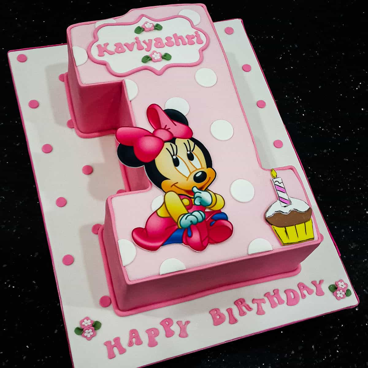 Minnie Mouse 1st Birthday Cake A Decorating Tutorial Decorated Treats