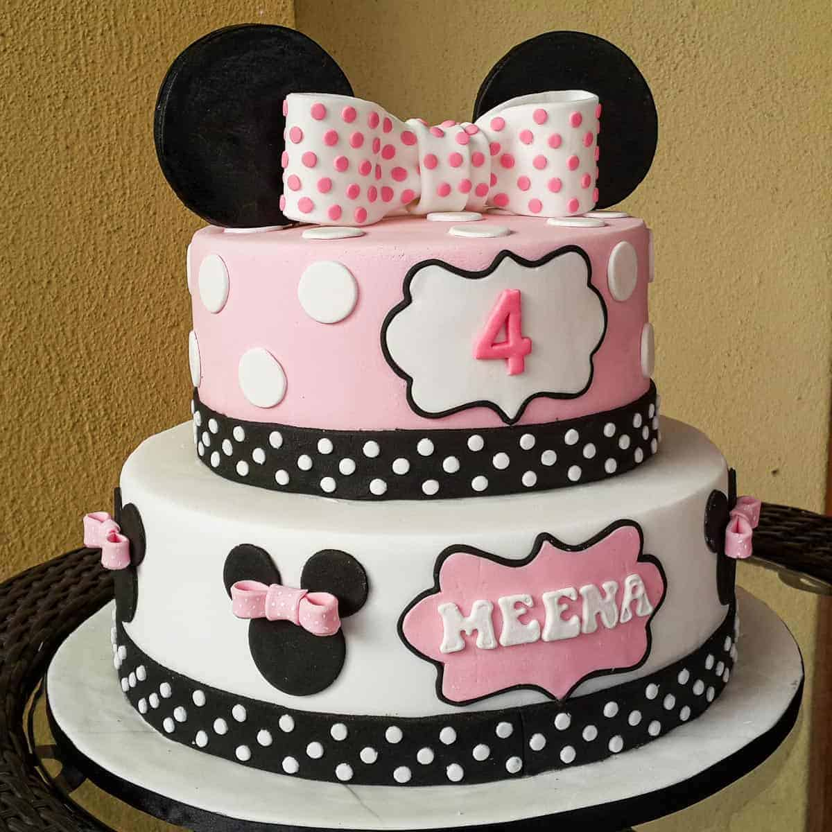 Minnie Mouse Birthday Cake Tutorial How To Decorate Decorated Treats