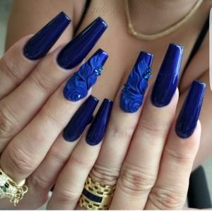uñas azules