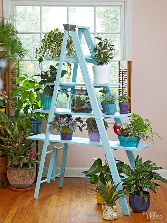 15 Impressive Ideas To Make Wooden Ladder Garden