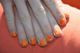 Soleil, soleil ! - https://decorationgles.wordpress.com/2014/05/31/nail-art-n46-soleil-soleil-a-rediger/