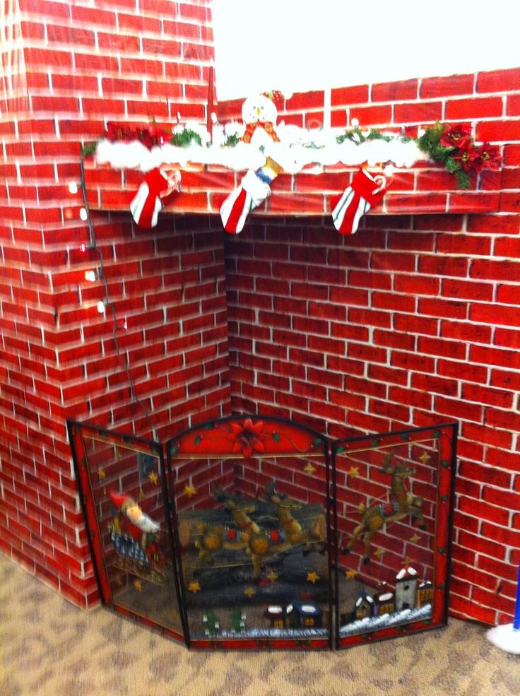 25 Stunning Office Christmas Decorations Ideas