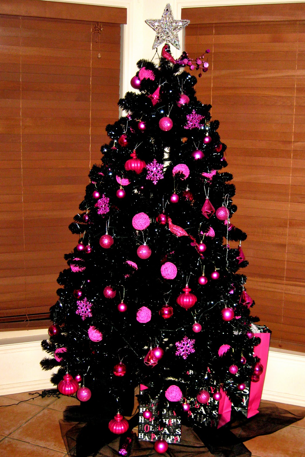 38 Black Christmas Tree Decorations Ideas Decoration Love