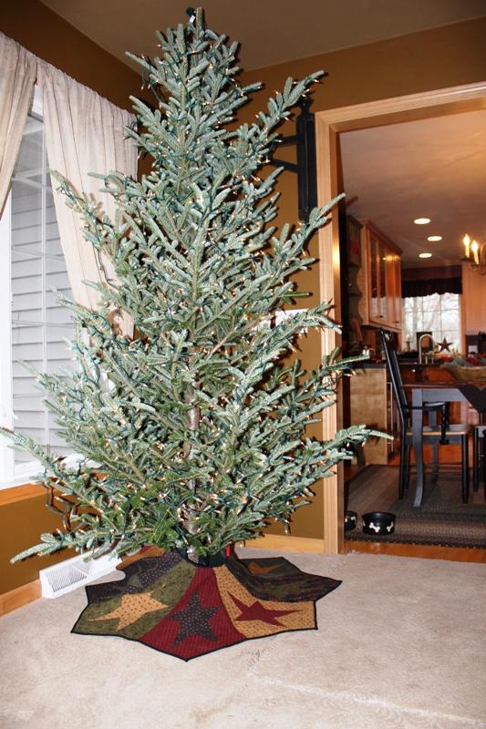 Skinny Christmas Trees Decorated Fine Ideas