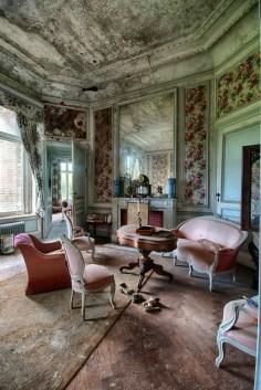 Abandoned Houses 51