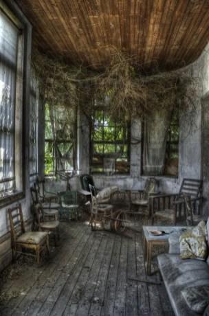 Abandoned Houses 82