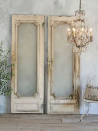 Architectural Salvage 32