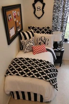 Black And White Decor 110