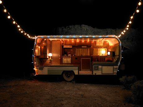 Cheap And Easy Ways To Decorate Your RV Camper 12
