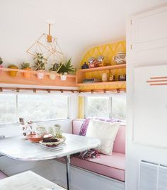 Cheap And Easy Ways To Decorate Your RV Camper 3