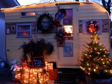 Cheap And Easy Ways To Decorate Your RV Camper 68