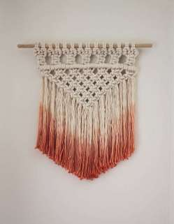 DECORATIVE WALL HANGINGS 113
