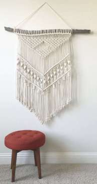 DECORATIVE WALL HANGINGS 123