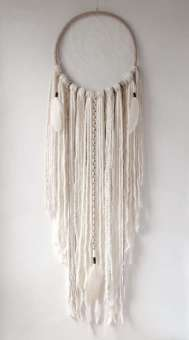 DECORATIVE WALL HANGINGS 158