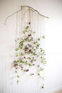DECORATIVE WALL HANGINGS 163