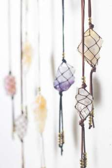 DECORATIVE WALL HANGINGS 24