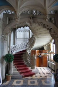 Grand Staircase 30