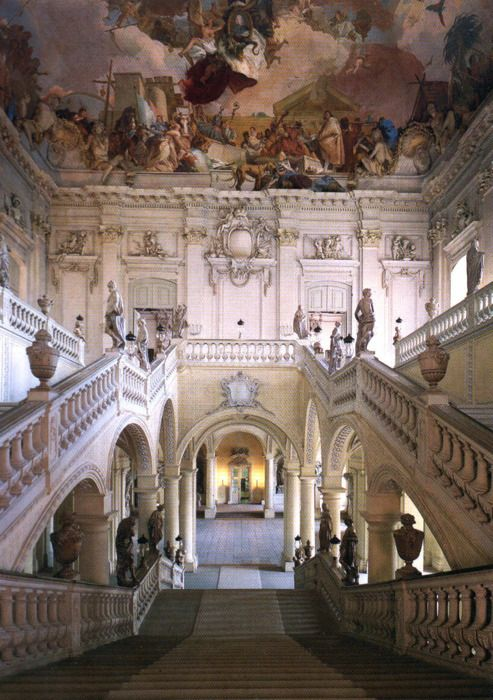 Grand Staircase 7