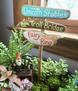 Magical And Best Plants DIY Fairy Garden Inspirations 29