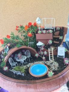Magical And Best Plants DIY Fairy Garden Inspirations 97