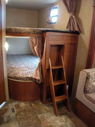 RV Hacks, Remodel And Renovation Ideas That Will Make You A Happy Camper58