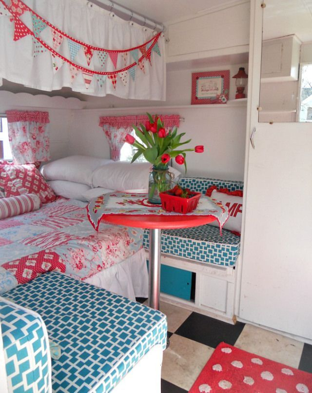 Camper Van Interior Ideas 73