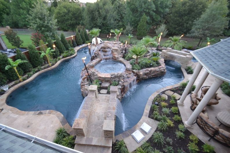 Beautiful Backyards With Pools 8
