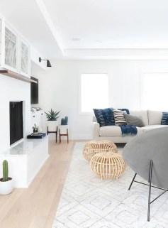Bright Living Room Decor Ideas 25