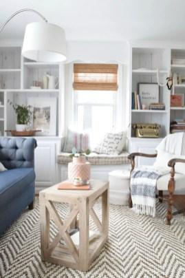 Bright Living Room Decor Ideas 38