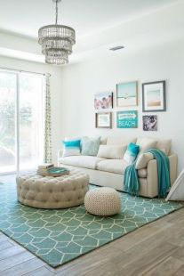 Bright Living Room Decor Ideas 49